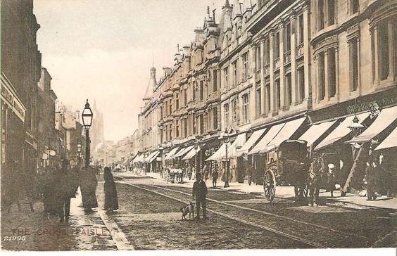 Paisley - High Street Looking West.jpg