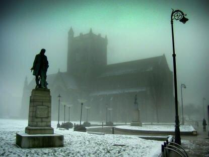 Paisley Abbey - Great winter shot.jpg