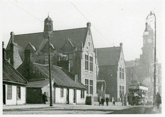 Old Picture of the South School.jpg
