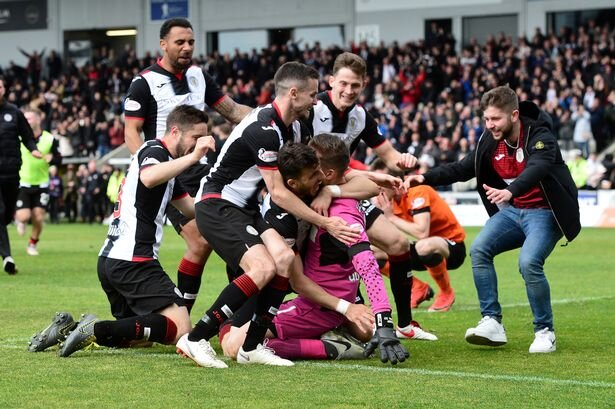 0_St-Mirren-v-Dundee-United-Ladbrokes-Scottish-Premiership-Play-off-Final.jpg