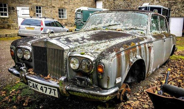 Rolls-Royce-763741.jpg